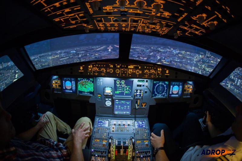 Kokpit letecký simulátor Praha Airbus A320