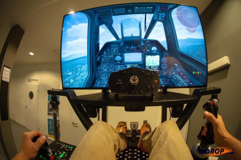 Letecký simulátor vrtulníku Kamov Ka-59 a jeho kokpit