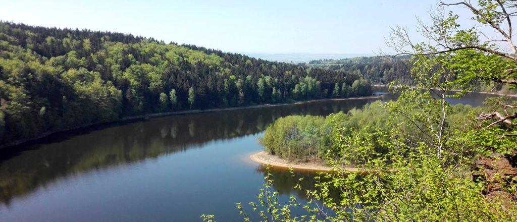 Vyhlídkový let balonem Seč, pohled na přehradu